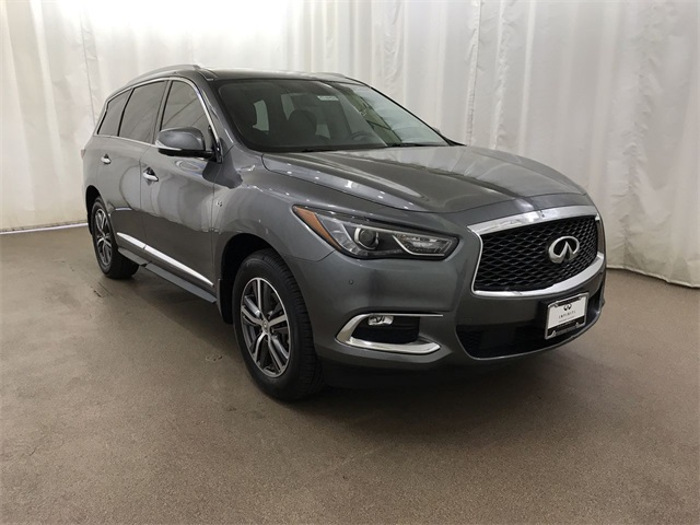 Pre-Owned 2017 INFINITI QX60 AWD w/ Prem Plus Pkg and NAV